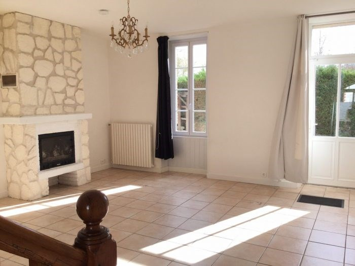 Sale house / villa Saint-andré-treize-voies 209000€ - Picture 1