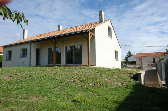 Location maison / villa Gesté 1200€ CC - Photo 1