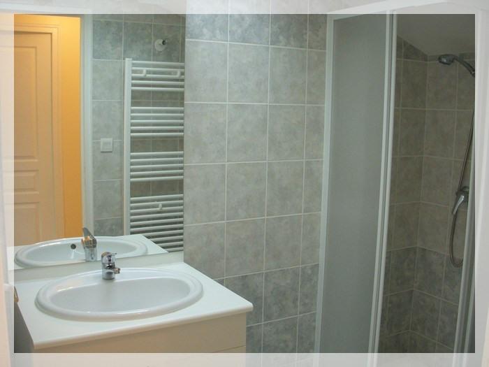 Location appartement Saint-christophe-la-couperie 320€ +CH - Photo 4