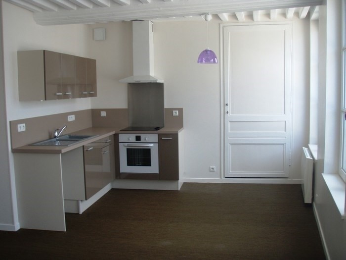 Rental apartment Honfleur 950€ CC - Picture 2