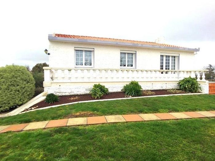 Sale house / villa La bruffière 173900€ - Picture 1