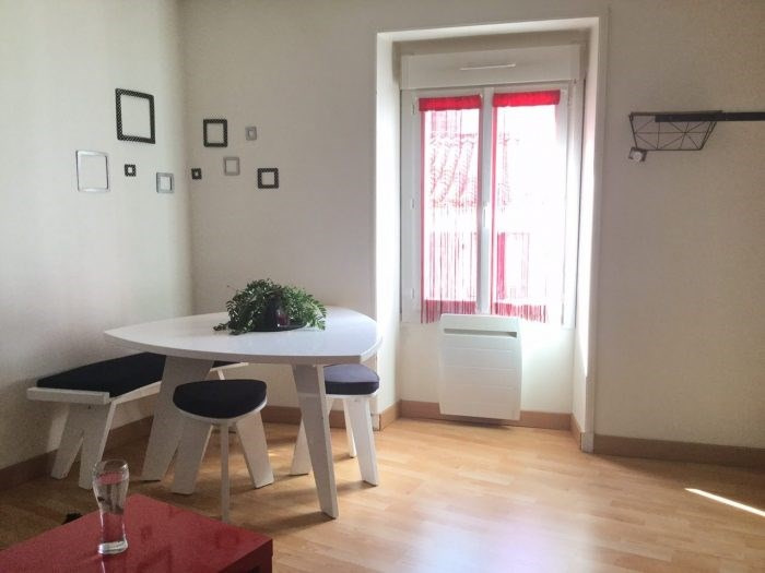 Sale apartment Montaigu 90 400€ - Picture 1