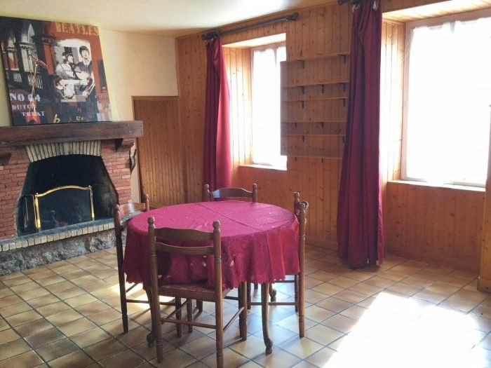 Sale house / villa Saint-georges-de-montaigu 279000€ - Picture 12