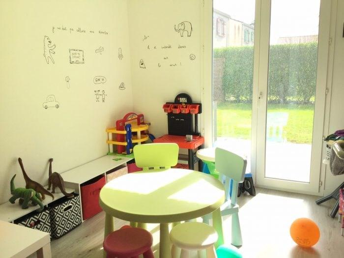 Sale house / villa Montaigu 169999€ - Picture 8
