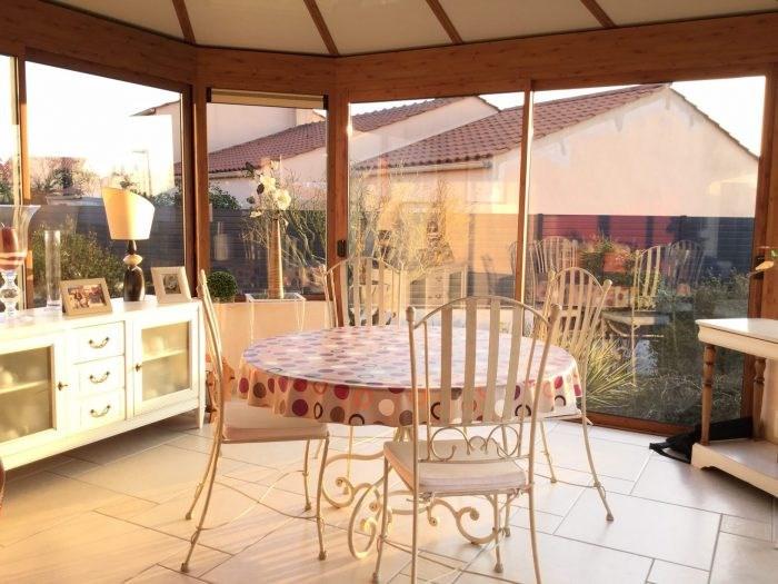 Sale house / villa Saint-georges-de-montaigu 251000€ - Picture 6