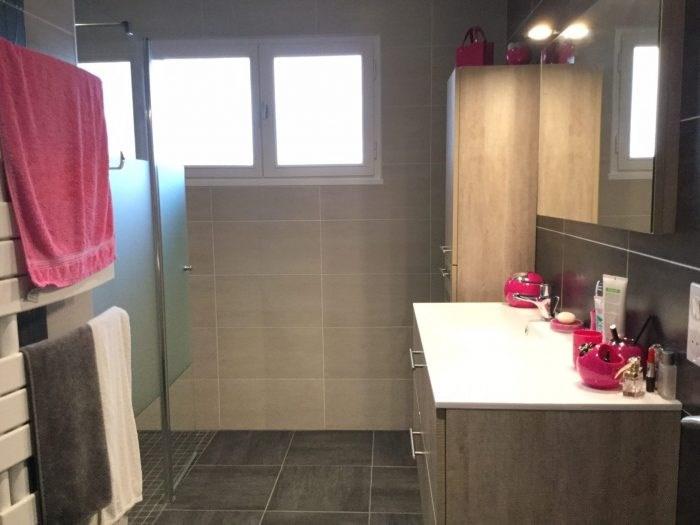 Sale house / villa Saint-georges-de-montaigu 251000€ - Picture 7