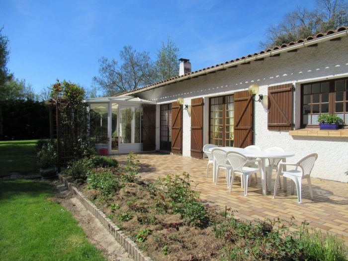 Sale house / villa Mouilleron-le-captif 276 500€ - Picture 2