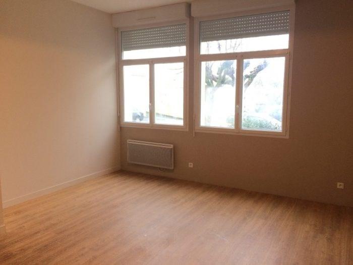 Location appartement La verrie 508€ CC - Photo 2
