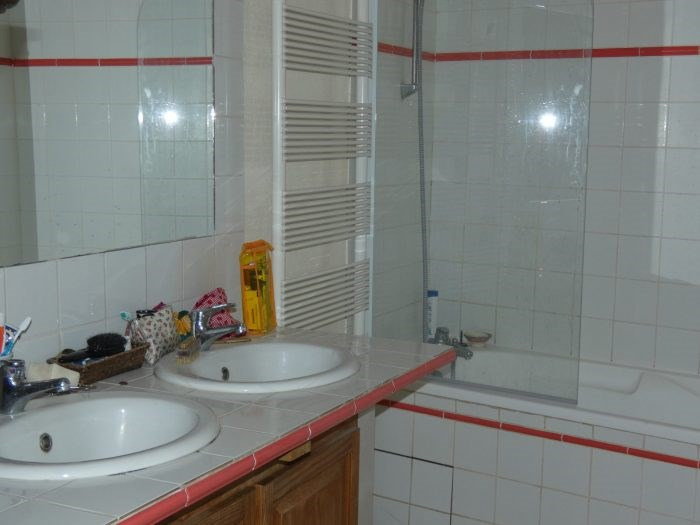 Sale house / villa Vallet 299490€ - Picture 9