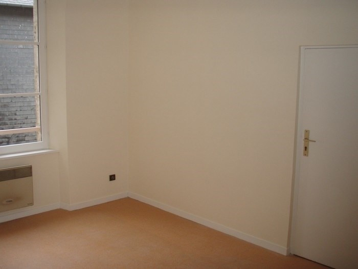 Rental apartment Honfleur 431€ CC - Picture 3