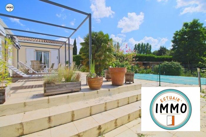 Deluxe sale house / villa Mirambeau 234520€ - Picture 1