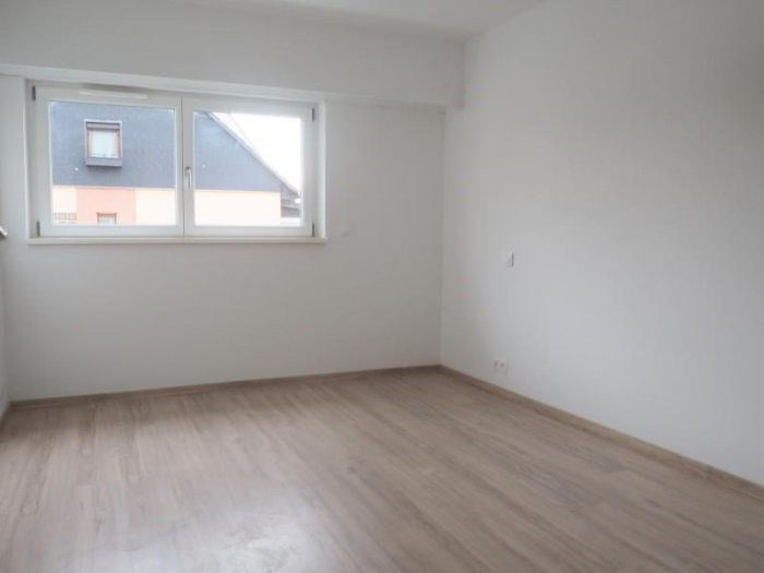 Revenda apartamento Ostwald 240000€ - Fotografia 4