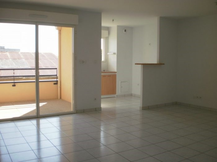 Location appartement Aizenay 574€ CC - Photo 1