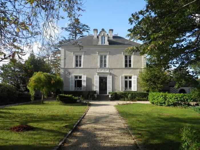 Deluxe sale house / villa Clisson 731500€ - Picture 1