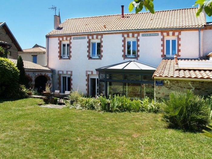 Sale house / villa Haute-goulaine 533025€ - Picture 1