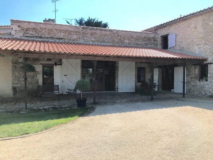 Deluxe sale house / villa Chantonnay 573000€ - Picture 2