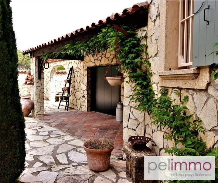 Deluxe sale house / villa Saint martin de crau 650000€ - Picture 3