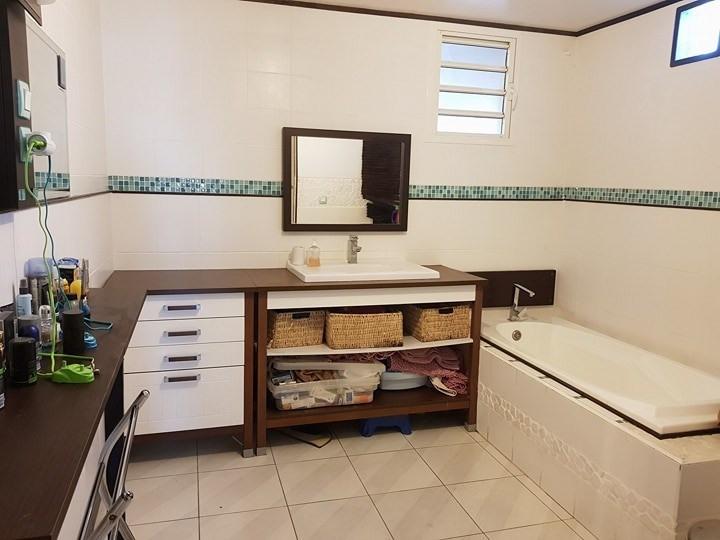Sale house / villa Ste suzanne 269000€ - Picture 7