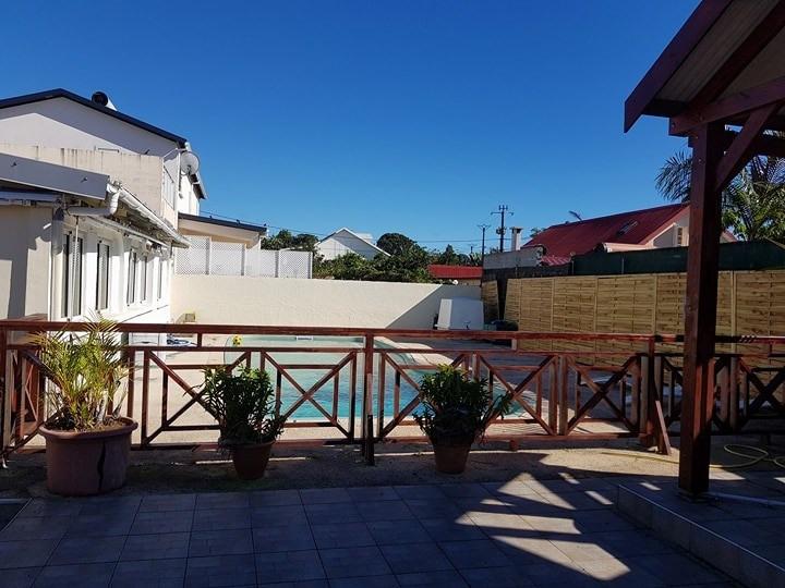 Sale house / villa Ste suzanne 269000€ - Picture 2