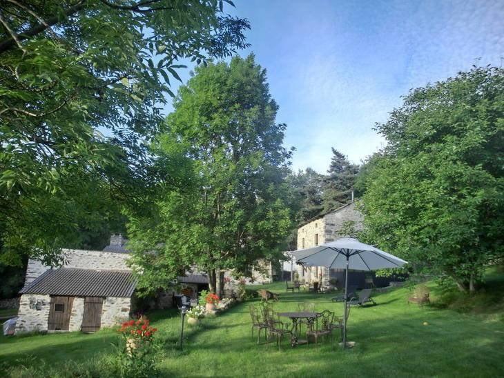 Sale house / villa St hostien 544000€ - Picture 1