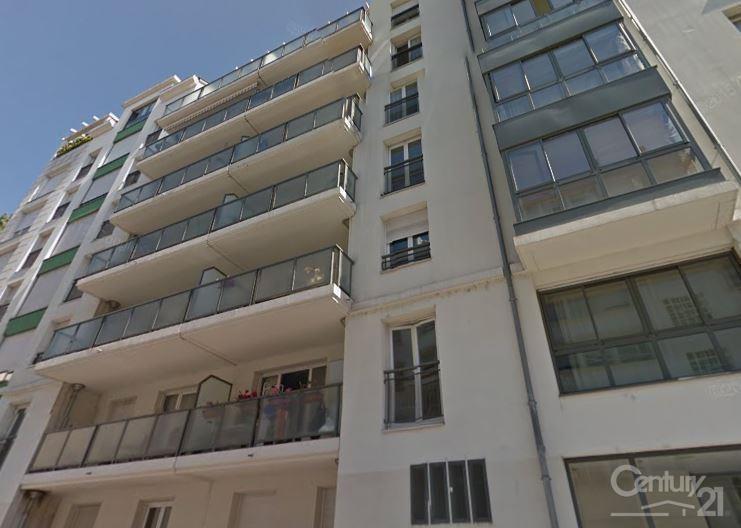 Sale apartment Lyon 7ème 395000€ - Picture 1