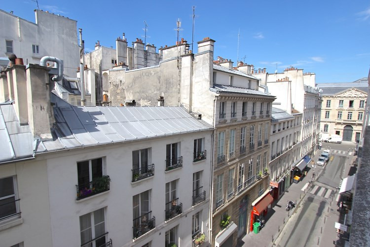 Vente appartement Paris 1er 435 000€ - Photo 2