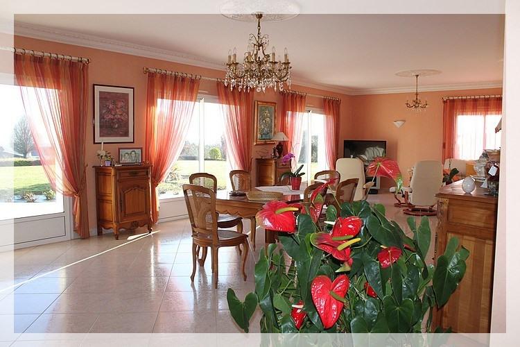 Deluxe sale house / villa Saint-herblon 440000€ - Picture 2