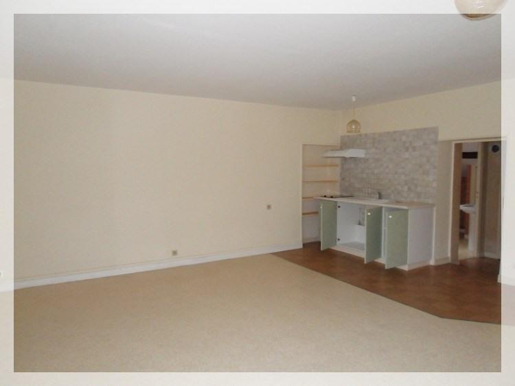 Location appartement Champtoceaux 315€ CC - Photo 3