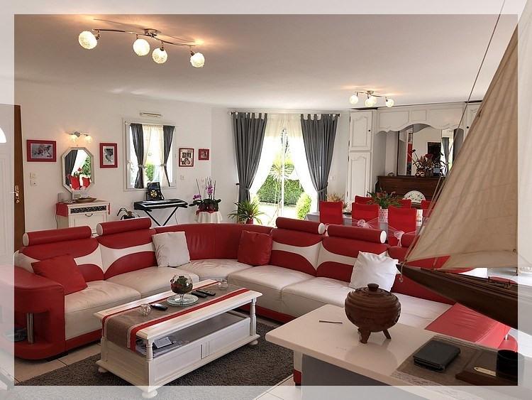 Sale house / villa Mésanger 254000€ - Picture 2