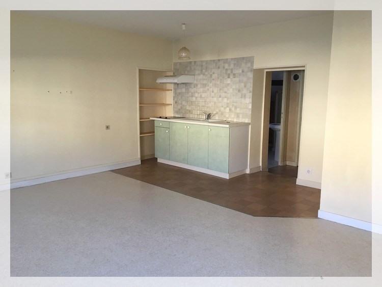 Location appartement Champtoceaux 315€ CC - Photo 2