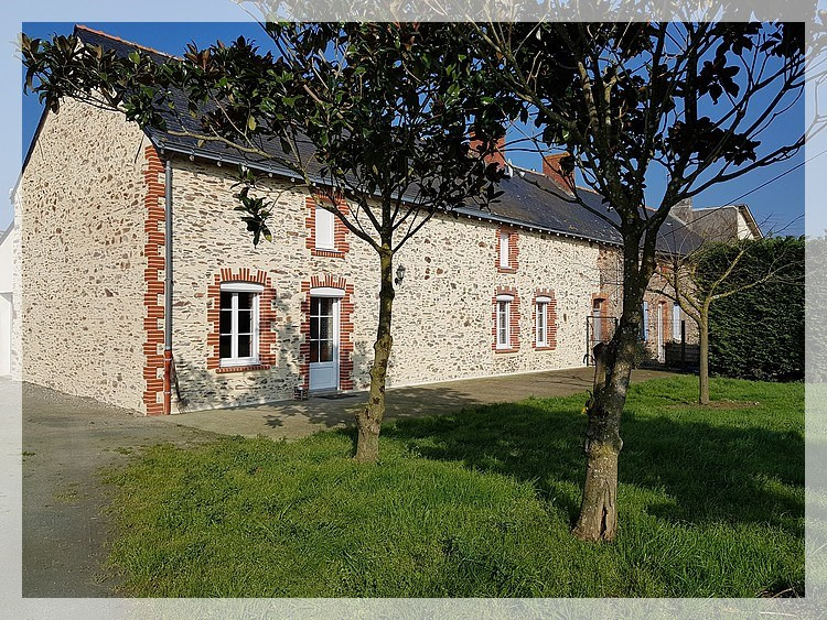 Location maison / villa Saint-herblon 666€ CC - Photo 1