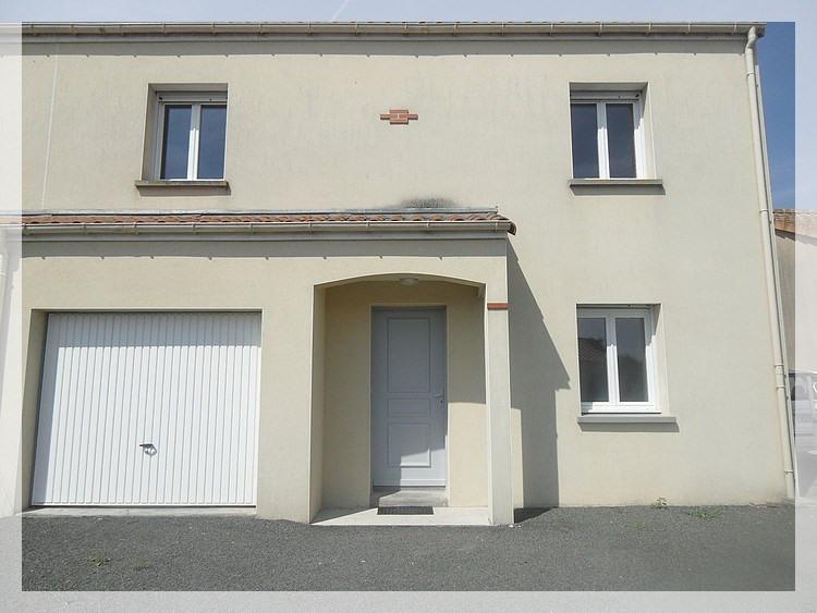 Sale house / villa Anetz 146720€ - Picture 1
