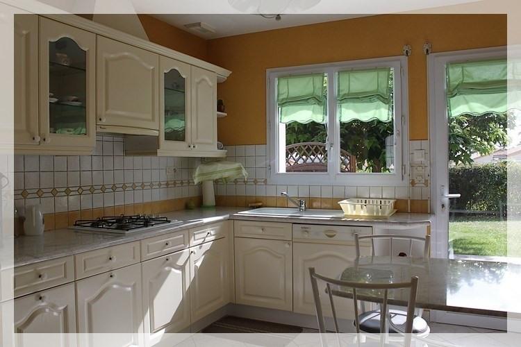 Sale house / villa Saint-pierre-montlimart 188640€ - Picture 3