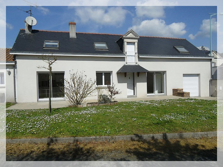 Location maison / villa Anetz 820€ CC - Photo 1