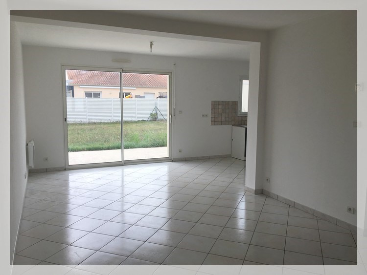 Location maison / villa Anetz 710€ +CH - Photo 1