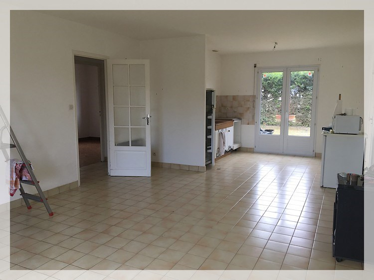 Rental house / villa Mésanger 602€ CC - Picture 2