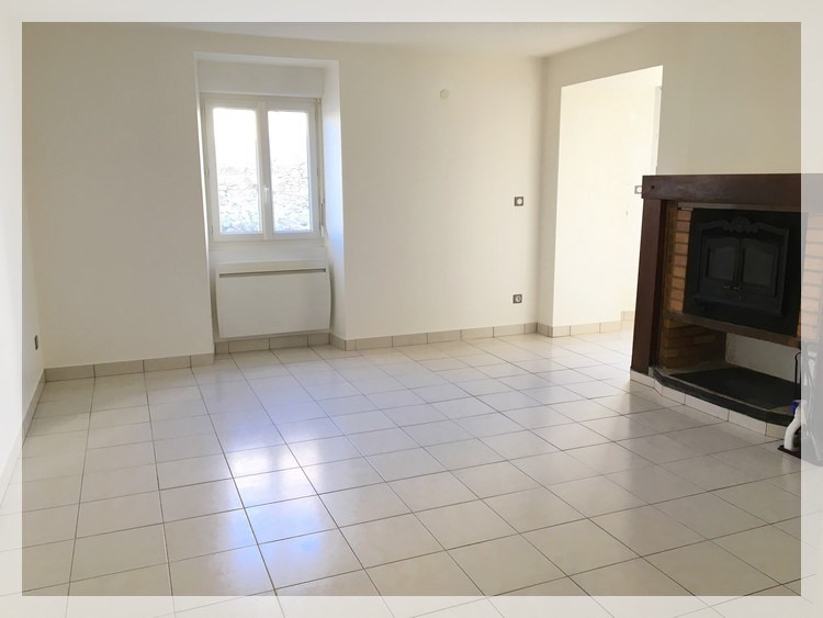 Location maison / villa Bouzillé 490€ CC - Photo 2