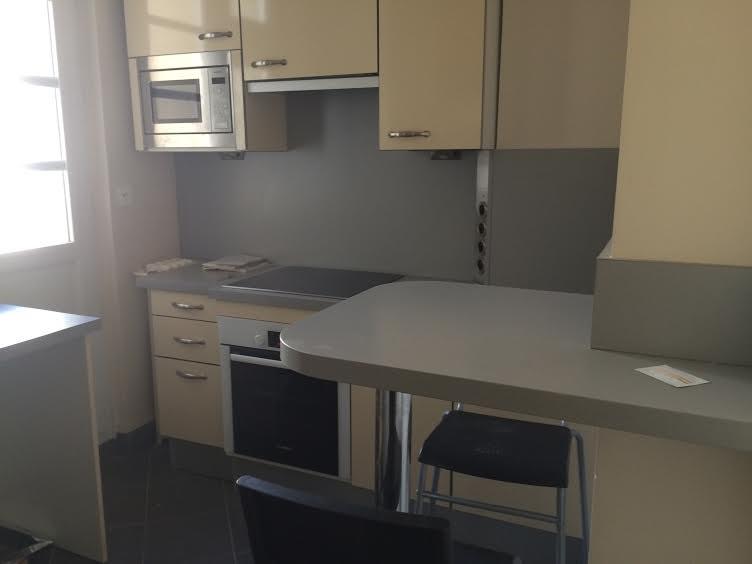 Location appartement Neuilly-sur-seine 2025€ CC - Photo 6