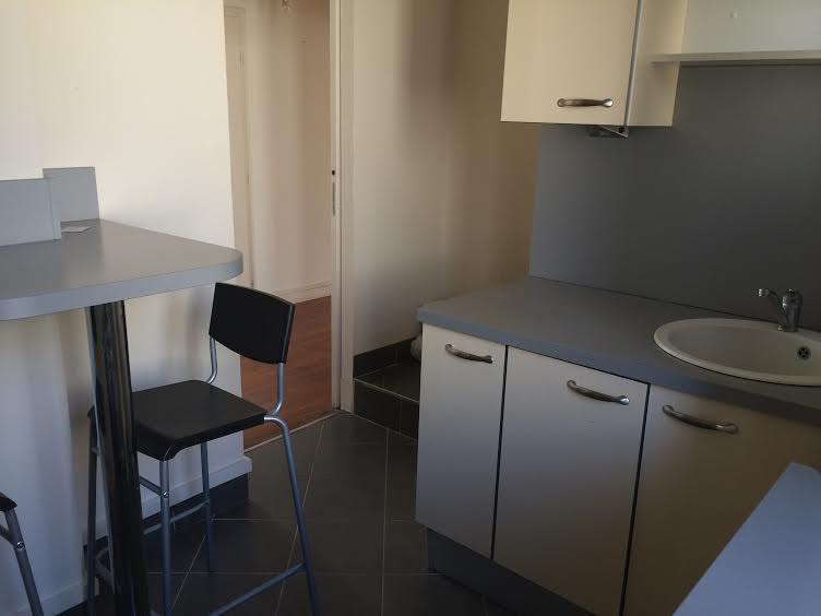 Location appartement Neuilly-sur-seine 2025€ CC - Photo 5