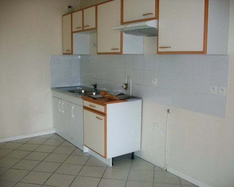 Location appartement Goncelin 786€ CC - Photo 6