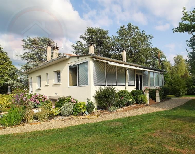 Sale house / villa Mussidan 213000€ - Picture 1