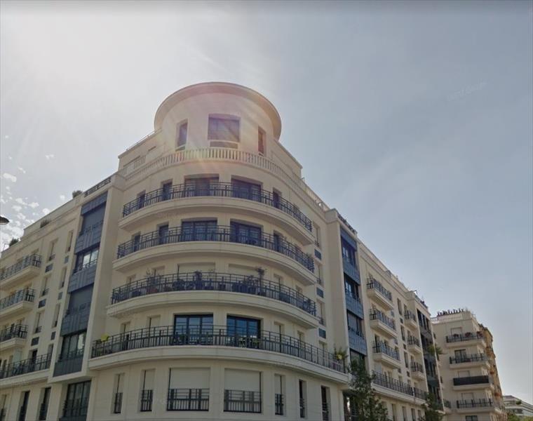 Sale apartment Levallois perret 375000€ - Picture 2