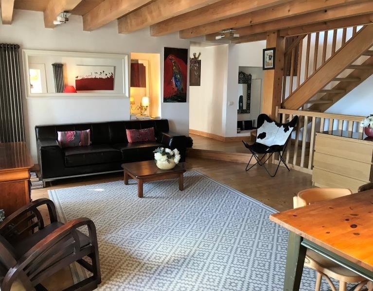 Deluxe sale house / villa Bossey 649000€ - Picture 2