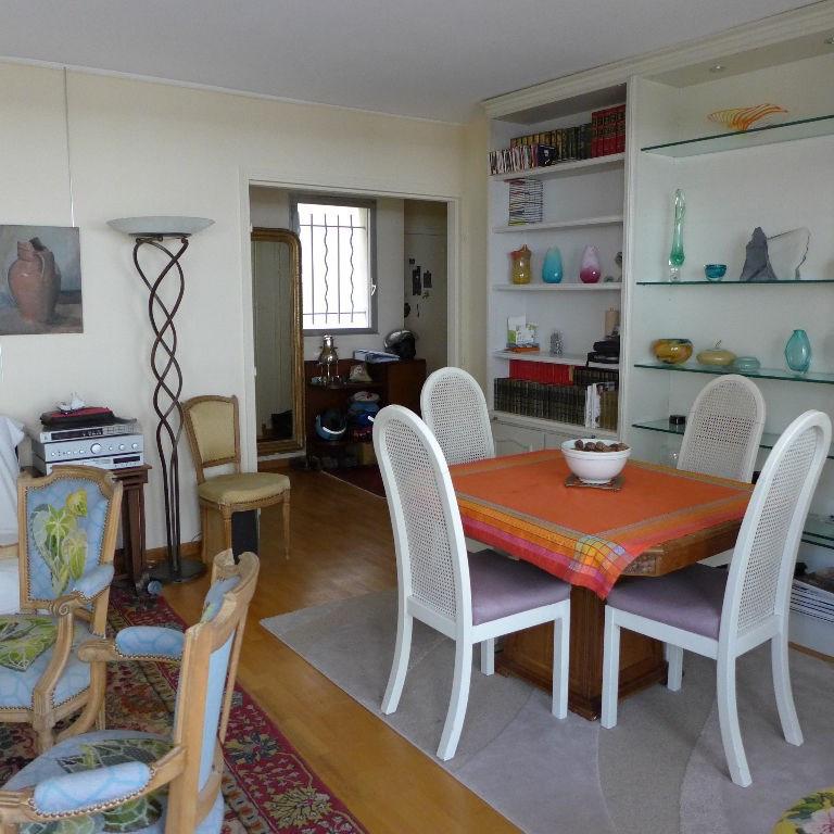 Revenda apartamento Paris 15ème 602160€ - Fotografia 3