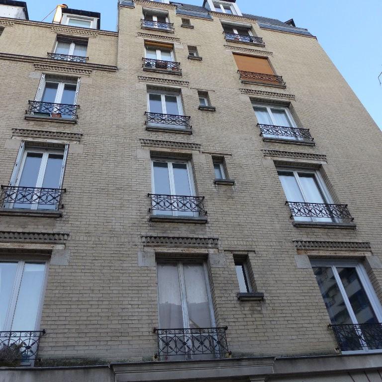 Appartement Paris 2 pièce(s) 30.58 m2