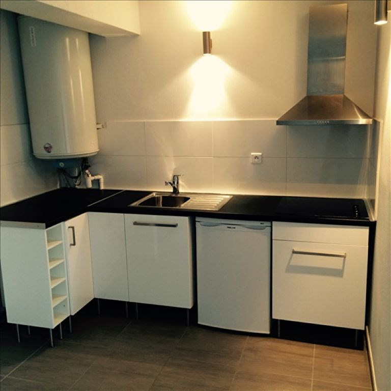 Location appartement Agen 400€ CC - Photo 2