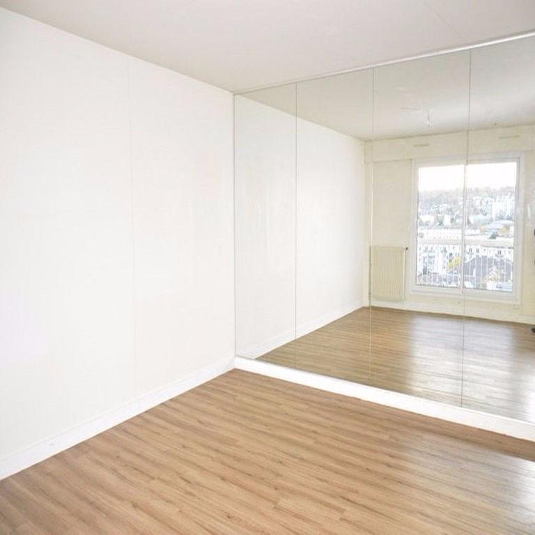 Locação apartamento Rueil malmaison 1300€ CC - Fotografia 1