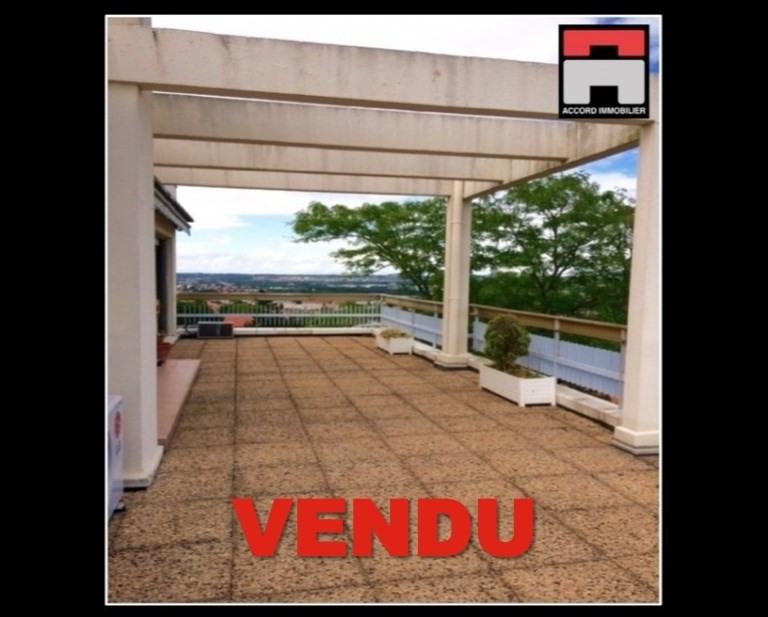 Revenda apartamento Toulouse 530000€ - Fotografia 1