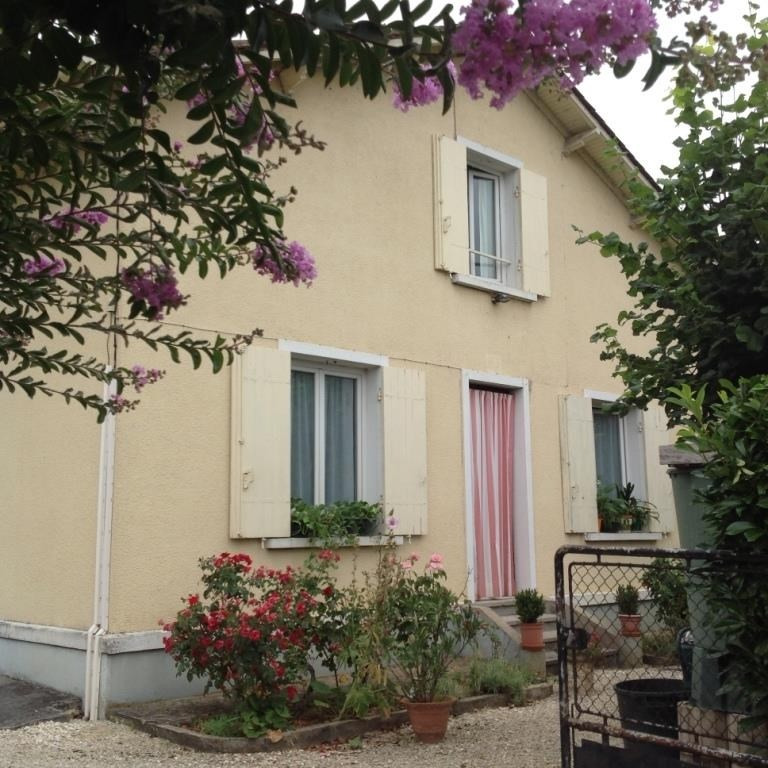 Sale house / villa Mouleydier 123 250€ - Picture 1