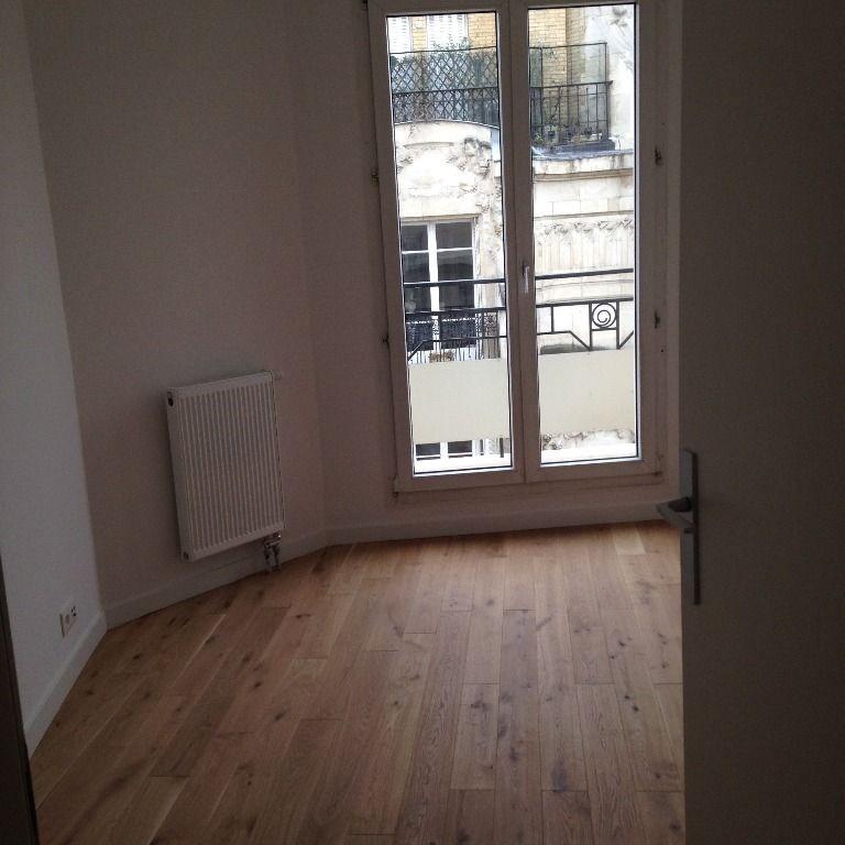 Location appartement Paris 17ème 2830€ CC - Photo 7